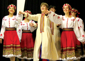 Ukrainian New Year celebration draws a crowd