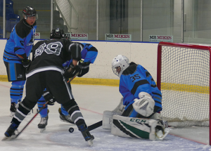 Slave Lake Icedogs hit the ice