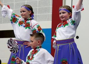 Zyma Ukrainian winter dance in Slave Lake
